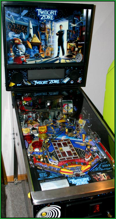 A picture of my twilight zone pinball machine